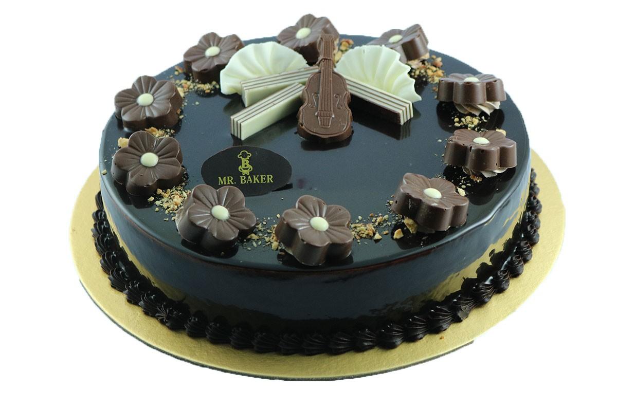 CHOCOLATE DAKER CAKE
